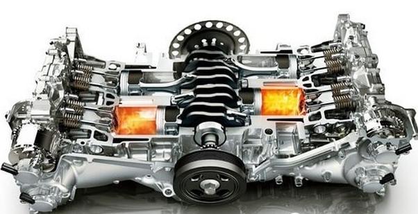 而且由于水平对置发动机结构紧凑,重心低,从而也降低了车辆的整体重心