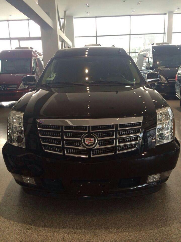 黑色总统一号商务车图片 全新凯雷德6.2 高清图片