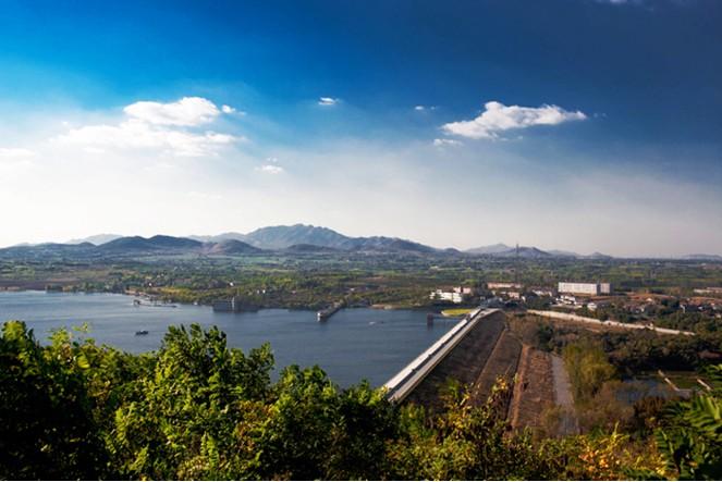 共青团淄博市委,文昌湖旅游度假区管委会决定联合举办2012年保护母亲