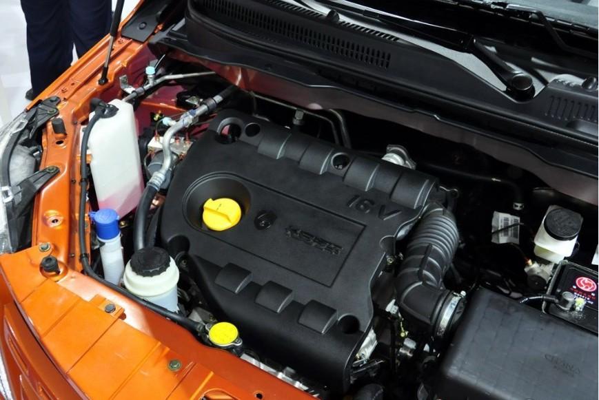 3 L直列4缸发动机表现兢兢业业、本本分分-长安CX20高清图片