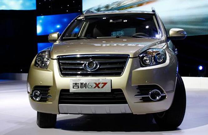 吉利gx7是吉利旗下首款suv车型,由沃尔沃技术支持进行优化、高清图片