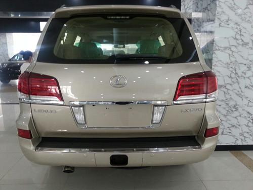 雷克萨斯lx570中东版金色现车价格155万高清图片