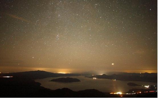 东风标致3008:仰望星空,追逐梦想