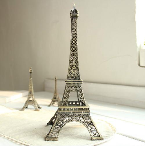 埃菲尔铁塔模型一座!