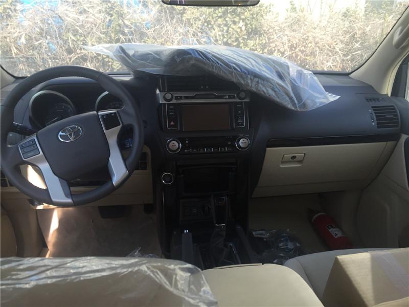 中东版丰田霸道3000柴油价格配置图片高清图片