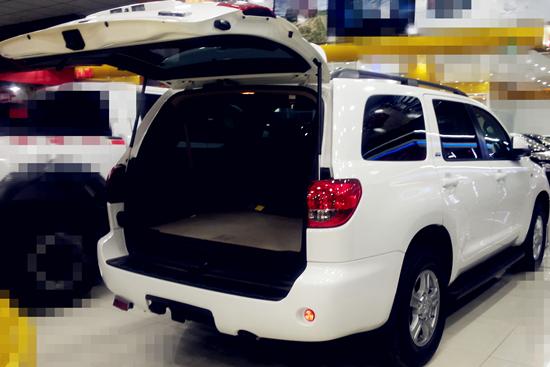 越狱中的黑色丰田SUV是什么车高清图片