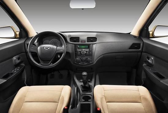 新款五菱宏光 S标准型上市 售4.38万起高清图片