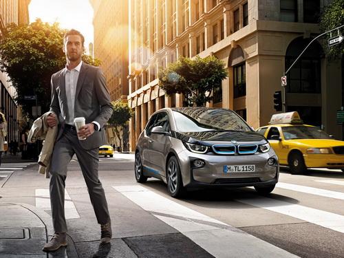 全新纯电动BMW i3,用i改变环境高清图片