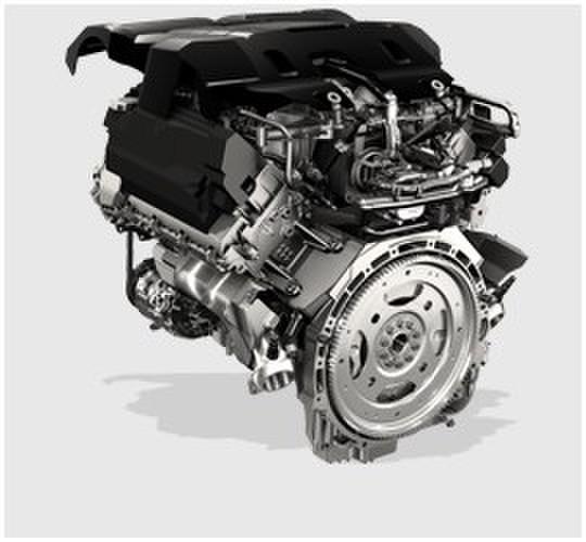 柴油加油大有学问 柴油的品质是柴油发动机健康运转的保证,含有水分或杂质的劣质柴油会对高压分配泵造成严重损害。所以对用户而言,最好的办法是慎重选择加油站。此外,柴油车是绝对不能错加汽油的,如果加油站工作人员错误将汽油加入,车主不要发动汽车,要立即与维修站或者4S店取得联系,寻求支持。以路虎为例,其售后服务体系十分完善,除了常规保养维修,还提供全年无休的路虎紧急道路援助(400-996-1189),并且每辆路虎车从被交付到首位车主之日起,均享有3年或100000公里(以先到者为准)的保修期。 此外,柴油发