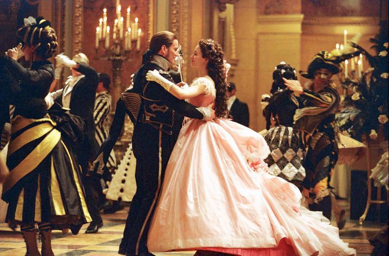古典欧式宫廷舞美艳灵动