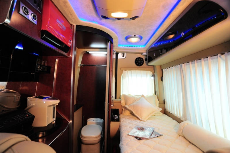 2013款全系列奔驰改装房车价格与内部图片曝光