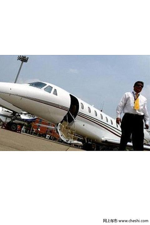 赵本山引领一线明星富豪私人飞机大比拼