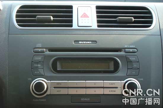 中广试驾铃木2011款雨燕运动版