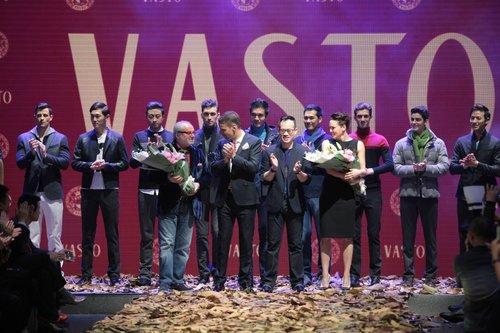 VASTO2014女生剧院发布在广州大新品盛大颜色秋冬开r8什么奥迪好看图片
