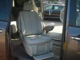2011款丰田塞纳 特殊伸缩座椅