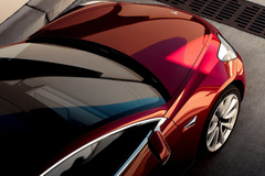 Model 3敞篷版实车街拍 炫酷程度不亚于鸥翼门