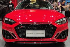 新款奥迪RS 5轿跑版车展现场实拍 搭2.9T V6