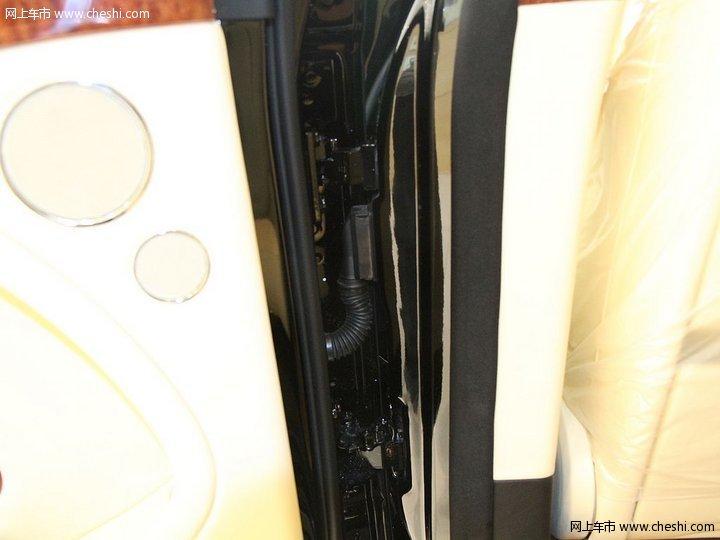 بنتلي موسلان 2012 تقريري: 80 صورة من الوكالة الصينية   مواصفات اهداء الي فيصل السعدون